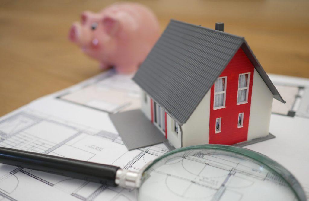 Expirované domény ako investícia do nehnuteľností, virtuálne domy